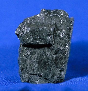 FLS Coal, this image is a work of the Minerals of the World project, and is in the public domain