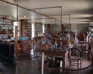 CI Upstairs at Thomas Edison's Menlo Park Laboratory (removed to Greenfield Village), note the organ against the back wall, published by Andrew Balet under the Creative Commons Attribution Share Alike 2.5 Generic license